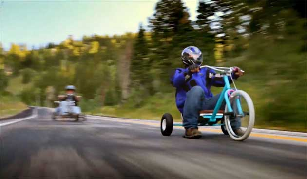 Amazing Downhill Trike Racing Shot on DSLR Cameras: