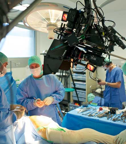 First Full HD 3D Hip Surgery With The PS-Freestyle Camera Rig: