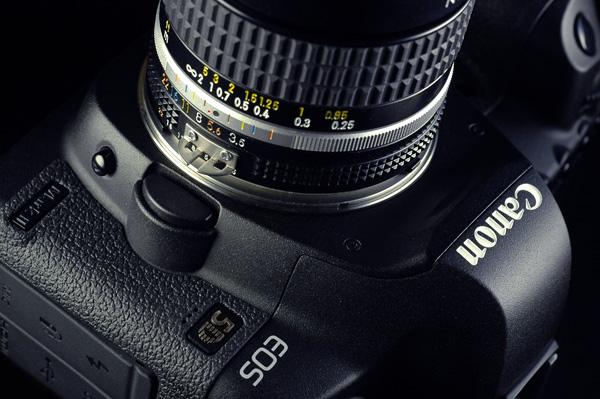 X-Circle Turns Nikon F Mount Lenses Into Cine Style EF Mounts: