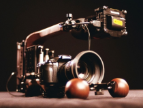 The ergocine Flyweight Rig is Ambidextrous for Right & Left Handed Cameramen: